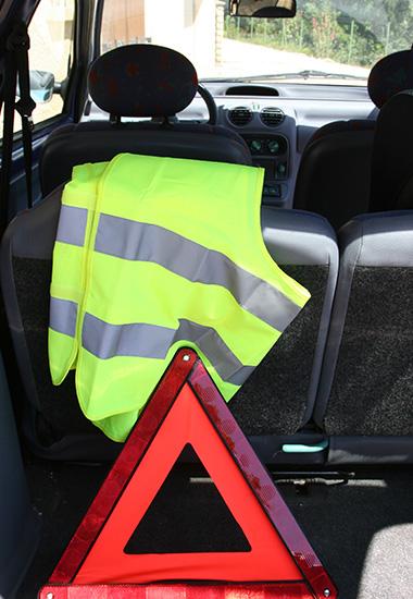 Kits de securite routiere pour voiture
